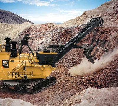 Máy xúc là gì? Tại sao nó lại là loại máy công trình không thể thiếu được trong ngành xây dựng.